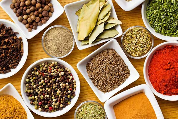 Nguồn gốc của ẩm thực cung đình Huế