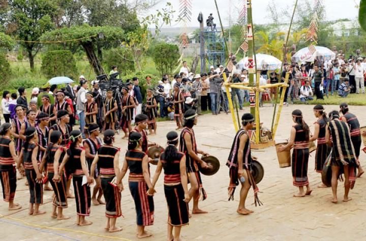lễ hội ở Tây Nguyên