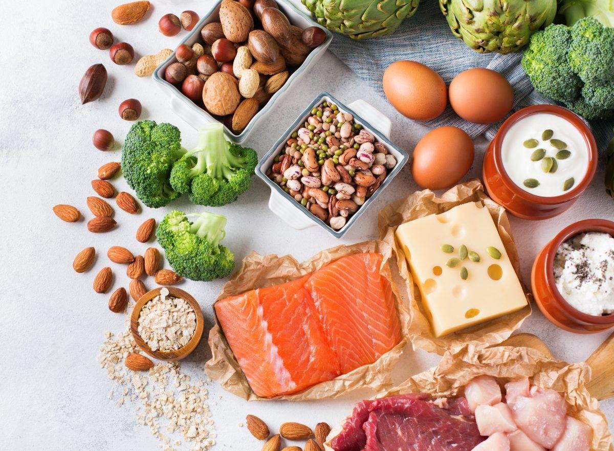 Ăn nhiều protein có tốt không? Bạn cần biết gì?