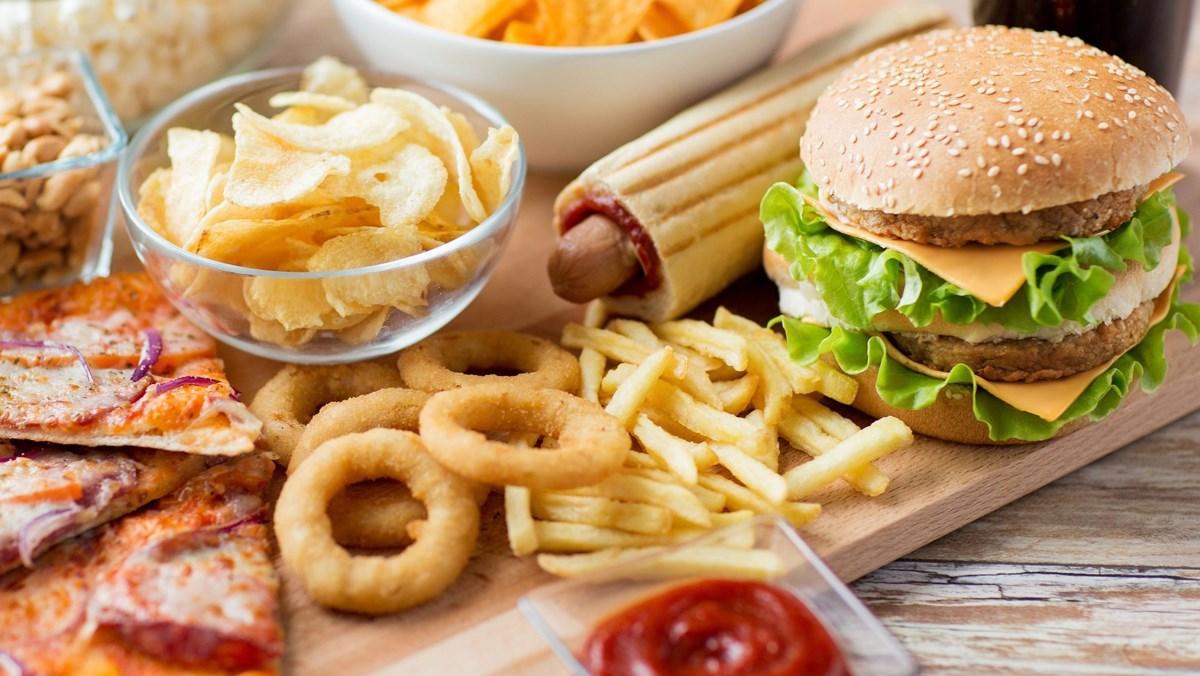 Thức ăn nhanh là gì? Tác hại của thức ăn nhanh và các loại tốt cho sức khỏe