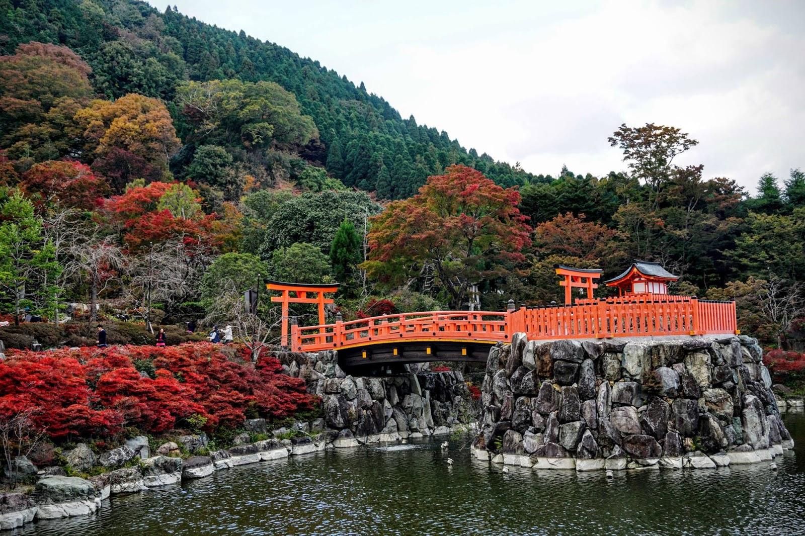 Review chùa búp bê Katsuoji cho du khách