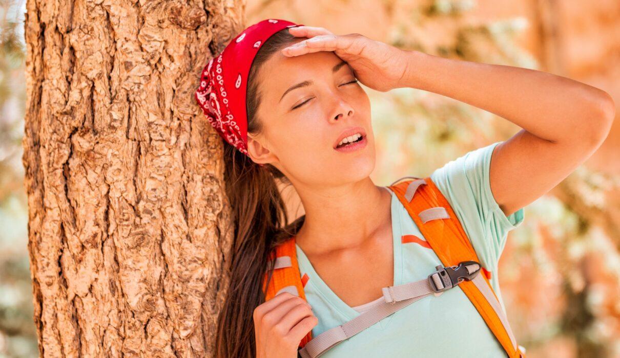 Sốc nhiệt là gì, có mấy loại? Triệu chứng và cách chữa, cách chống sốc nhiệt  - META.vn